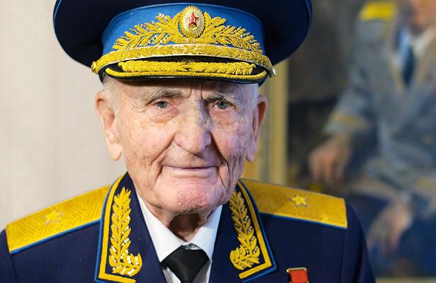 Умер летчик-асСергей Крамаренко