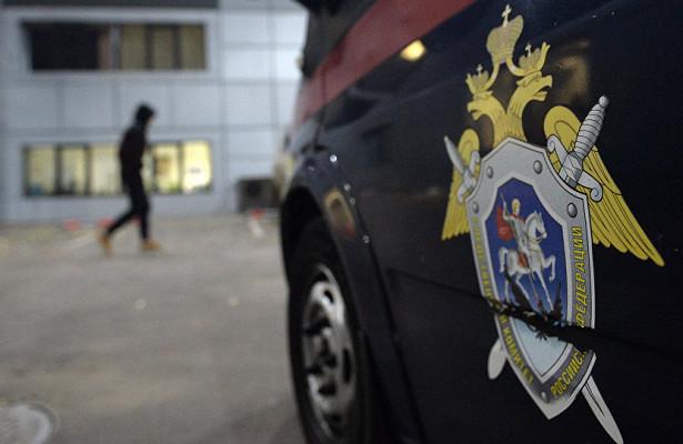 Российская школьница успела позвонить родителям испастись изрукпедофила